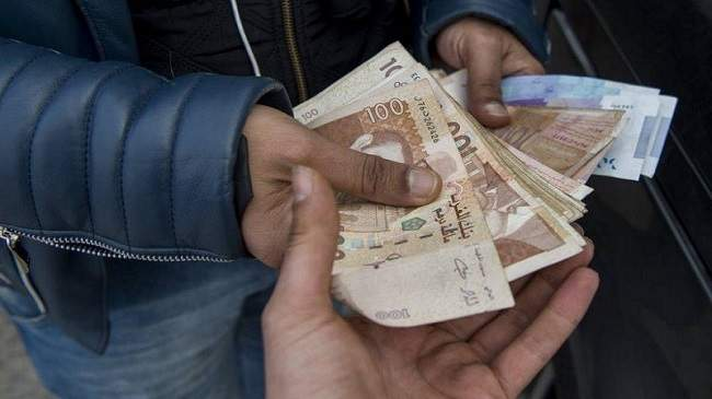 صورة بركان..توقيف عصابة من 3 أشخاص تنشط في تزوير الأوراق المالية