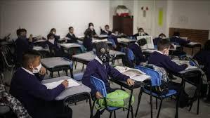 صورة كيف يتجنب الآباء قلق الأبناء في استكمال الدراسة في شتنبر القادم