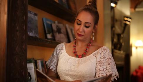 """صورة """"سيفتح باب"""".. جديد المطربة المغربية صباح زيداني في زمن الحجر الصحي"""