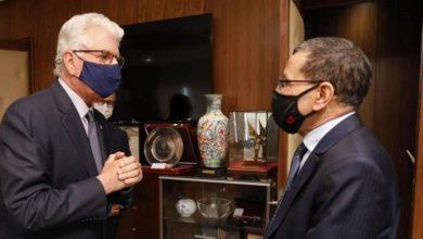 صورة العثماني يستقبل السفير الأمريكي بعد انتهاء مهامه بالمغرب