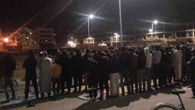 صورة بعد ظهور مواطنين يصلون التراويح في فاس.. نشطاء الفيسبوك غاضبون