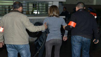 صورة بينهم فتاة.. عصابة على متن سيارة مشبوهة نواحي أكادير في قبضة الأمن