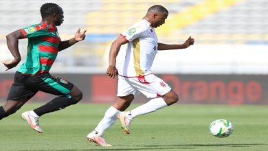 صورة لاعبو الوداد الرياضي يدعمون الكعبي بعد التأهل لنصف نهائي عصبة الأبطال -فيديو