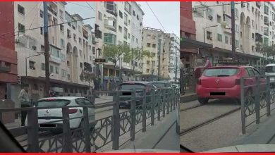 """صورة فيديو يُظهر سير سيارات فوق سكة """"الطرام"""" بالبيضاء يُحرّك الأمن"""