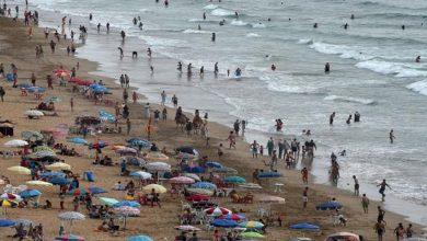 صورة إقبال كبير على الشواطئ يضع المغاربة أمام امتحان!