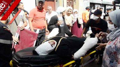صورة فاجعة قبل عيد الأضحى.. لحظة نقل أحد ضحايا فاجعة درب الفقراء-فيديو