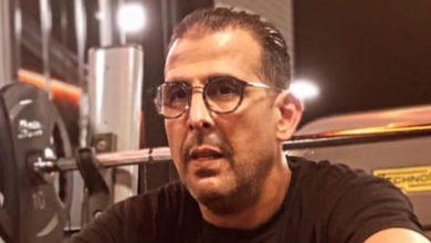 """صورة لخصم يتعرض لصدمة أثناء حملته الانتخابية بسبب """"المال مقابل الأصوات"""""""